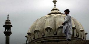 Siyasi Gündemin Telaşesi Ramazan'da Arınmaya Engel Olmasın