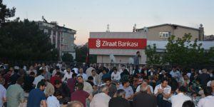 Bingöl'deki Müslümanlar İftarda Buluştu