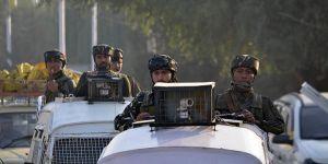 Hindistan Keşmir'de 'Merkezi Yönetim' İlan Etti