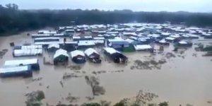 Muson Yağmurları Altındaki Kamplardaki Arakanlı Müslümanların Çilesi