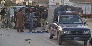 Pakistan'da Mitinge Bombalı Saldırı: 7 Yaralı