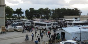 Kuneytra'dan İlk Tahliye Konvoyu İdlib'e Ulaştı