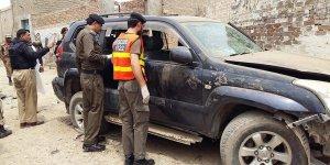 Pakistan'da İki Milletvekili Adayı Daha Saldırıya Uğradı