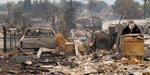 California'daki Yangın 37 Bin Kişiyi Evinden Etti
