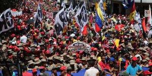 Venezuela'da Suikasta Uğrayan Maduro'ya Destek