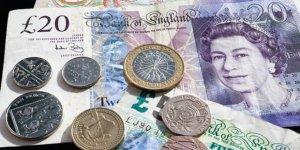 İngiliz Sterlini Değer Kaybedince Kimi Suçladılar?
