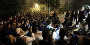 Siyonist İsrail'den Mescid-iAksa Kapısındaki Filistinlilere Müdahale