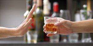 Alkolün Bir Damlası Bile Sağlığa Zararlı
