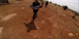 İdlib'de Köyü Vuran İşgalci Rusya Çocuk Katletti