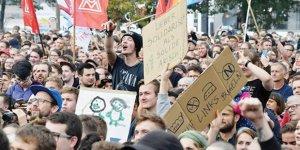 Almanlar Irkçı Kardeşim Oysa Biz Ne Kadar da Misafirperver Bir Toplumuz!