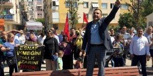 İzmir'de Pazarcı Esnafından Belediyeye Tepki