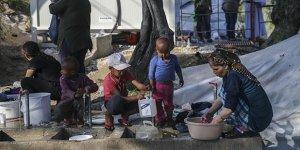 Yunanistan'daki Mülteci Kampında Çocuklar İntihara Teşebbüs Ediyor!