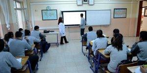 OHAL Komisyonu Kararıyla Mağduriyeti Giderilen Öğretmenler Öğrencileriyle Buluştular