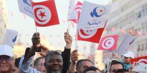 Tunus'ta Seçim Öncesi Dengeler Değişiyor