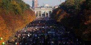 Berlin'de Irkçılığa Karşı Dev Gösteri