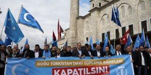 Doğu Türkistan'daki Çin Zulmü Protesto Edildi: Çin'in Nazi Kampları Kapatılsın!