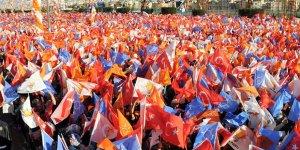 AK Parti'nin Seçim Stratejisi Eski Bakanlarla Sahaya İnmek
