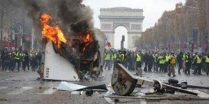 Arayın Belki Fransa'daki Protestolarda da Soros'un İzini Bulursunuz!