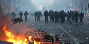 Fransa'daki Protestolar Ekonomiyi Olumsuz Etkiledi