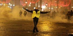 Fransa'daki Olaylardan Komplo ve Devrim Çıkarmak!