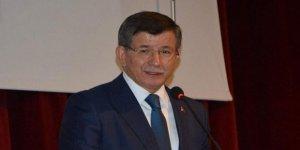 Ahmet Davutoğlu'ndan Pelikancılara 'Para ile Tutulmuş Troller' ve 'İletişim Teröristleri' Benzetmesi