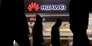 Facebook Ürünleri Artık Huawei'ye Yüklenemeyecek
