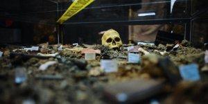 Bosna'daki Savaşın Acı Hatırası 'Soykırım Müzesi'nde Yaşatılıyor