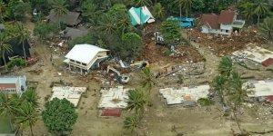 Endonezya'daki Tsunamide Ölü Sayısı 429'a Çıktı