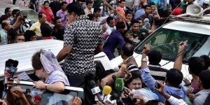 Bangladeş Seçim Öncesi Diken Üstünde