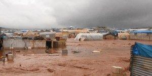 Suriye'de Sığınmacı Kamplarını Vuran Selde 25 Bin Sivil Çadırsız Kaldı