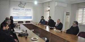 Hayat-Yolu'ndan Diyarbakır Özgür-Der'e Ziyaret