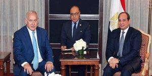 Sisi, Sina'da İsrail İle Ortak Operasyon Yürütüyor