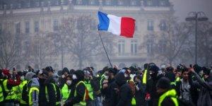 """İtalya'dan Sarı Yeleklilere Destek: """"Yeni Bir Avrupa Doğuyor"""""""