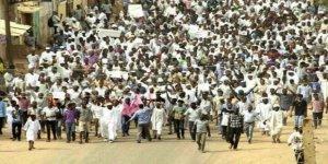 """Sudan'daki Gelişmeleri """"Dış Parmak""""la İzah Etme Kolaycılığı"""