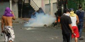 Venezuela'da Düşük Rütbeli Askerlerin Darbe Girişimi Başarısız Oldu