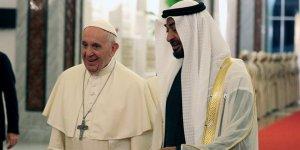 Papa Francis'in BAE Ziyareti ve İkiyüzlülük