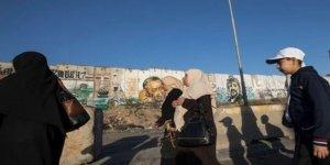 Abbas Hükümeti Tutukluların ve Şehit Ailelerinin Maaşlarını Kesti