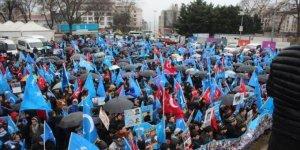 """İstanbul'da """"Ben de Uygur'um, Ben de Doğu Türkistanlıyım"""" Eylemi"""