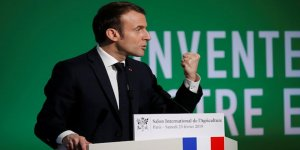 Macron Darbeci Hafter İle Görüştü