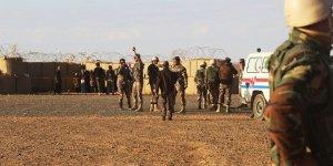Rukban Kampında Açlığa ve Ölüme Mahkûm Edilen Suriyeliler Rejim Bölgesine Dönmek İstemiyor