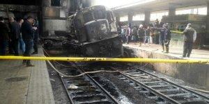 Kahire'deki Tren İstasyonu Yangınında Ölü Sayısı 25'e Yükseldi