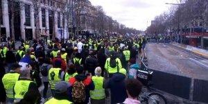 Sarı Yelekliler 16 Haftadır Sokaklarda