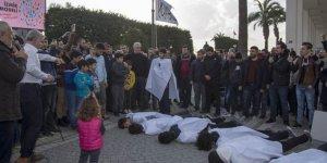 İzmir'de Sisi Cuntasının Gerçekleştirdiği İdamlar Protesto Edildi
