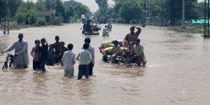 Pakistan'da Yağışlar Nedeniyle 4 günde 13 Kişi Hayatını Kaybetti