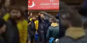 Mültecilere Biber Gazı Sıkan Polis Geçici Olarak Görevden Uzaklaştırıldı
