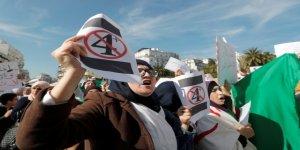 Cezayir'de Sular Durulmuyor