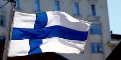 Finlandiya'da Havuzda Tesettür Mayo Yasağı Kaldırıldı