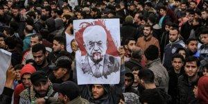 Abbas Yönetimine Karşı Gazze'de Büyük Gösteriler