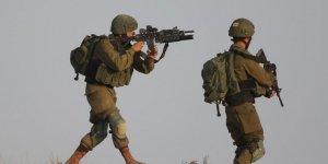 İsrail Askerleri 2 Filistinliyi Şehit Etti