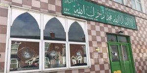 İngiltere'deki Balyozlu Cami Saldırılarında 2 Gözaltı